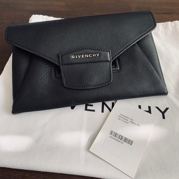 279cb040ff2 Givenchy Bags   Small Black Antigona Envelope Clutch   Poshmark